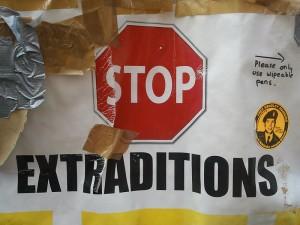 Stop estradizione 300x225 Le Sentenze della Corte Europea dei diritti dell'uomo Romano Pisciotti