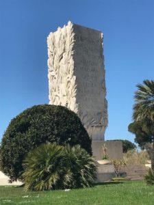 Monumento Roma Fiumicino 225x300 DROPS OF MEMORIES Romano Pisciotti