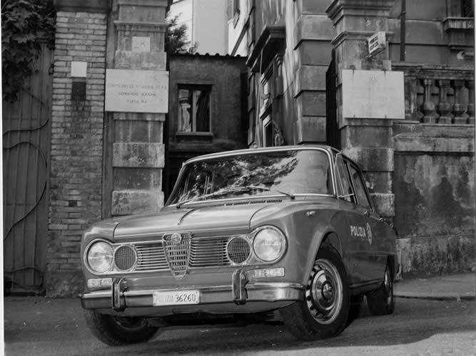 comm p pia giulia 1600super 1 Museo delle Auto Storiche della Polizia di Stato. Romano Pisciotti