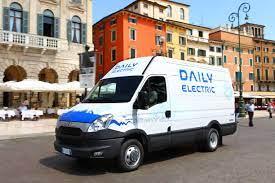 elettrico Not all vehicles are the same green Romano Pisciotti